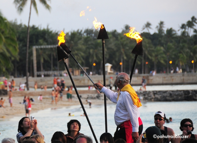 torch lighting Oahu Trailblazer